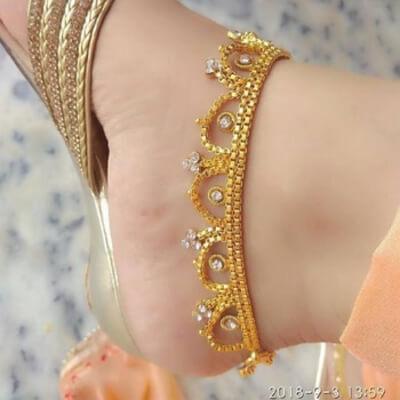 3.Anklets