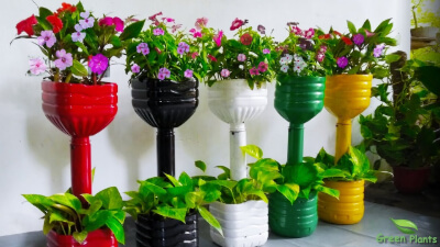 3.Garden Pots