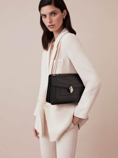 9.Shoulder bag