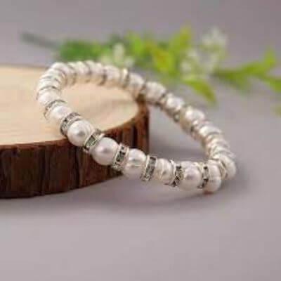 8. Pearl Bracelet