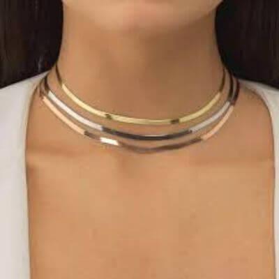 2. Collar Necklace
