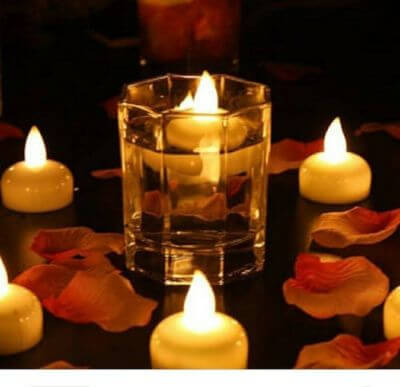 2.Floating Candles