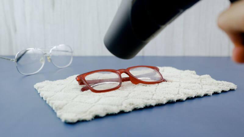 eyeglass 1